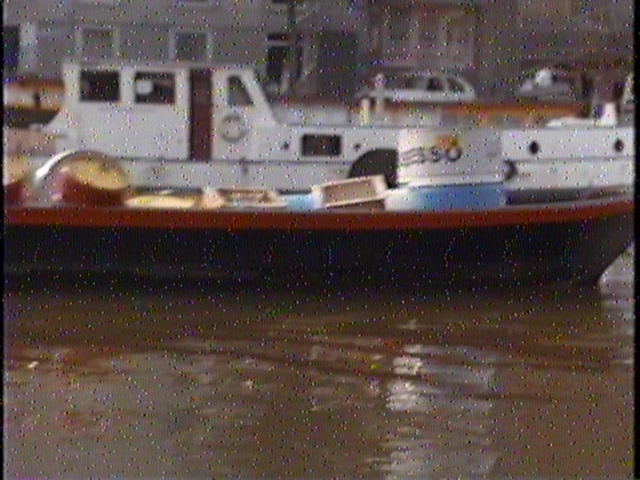 Wait, what the hell even is this?  Is it a trash barge?