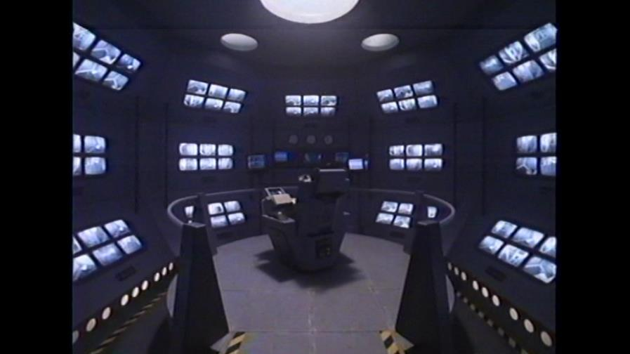I just want to point out both how cool-looking and how absurdly impractical this security room is.